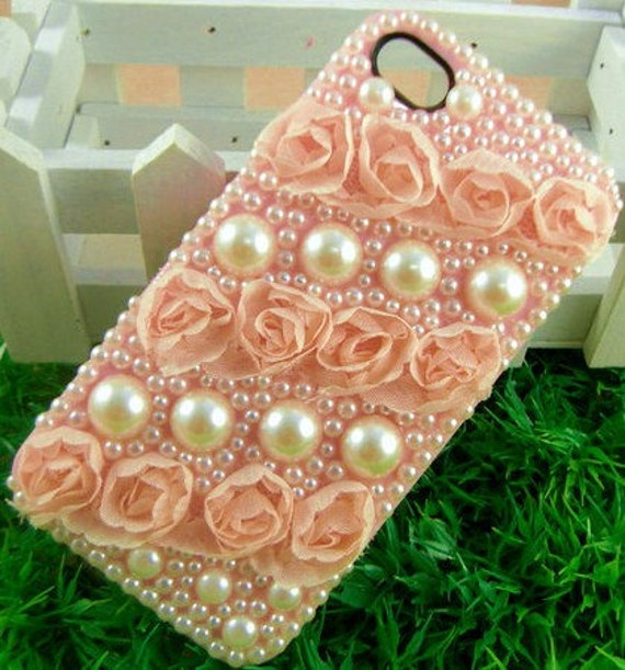 iPhone 4 and iPhone 4S Romantic Roses and Pearls Flowers Pink bling 3D case