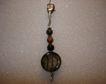 Beaded Zipper Pull in Shades of Brown and Black