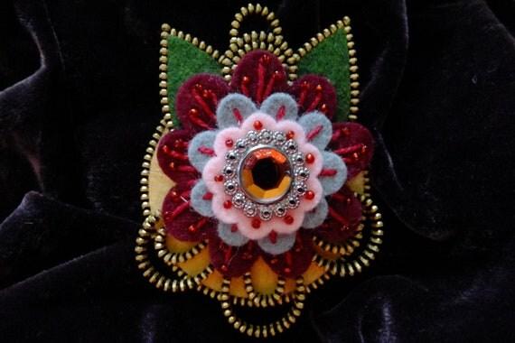 Flower Felt Zipper Brooch (For Coat/Jacket/Hat )