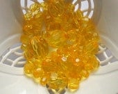 Beads Yellow Orange Round 40 pcs Geometry pellucid translucent