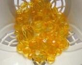 Beads Yellow Orange Round 40 pcs Geometry pellucid translucent