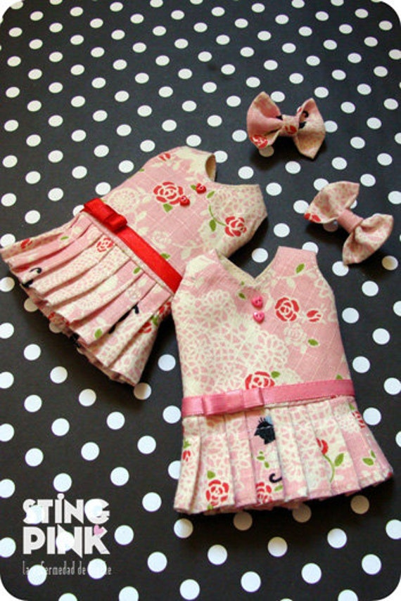 Last Dress for blythe. A-line pleated skirt. Pink (Japanese Fabric).