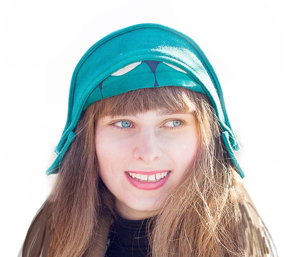 Turquoise helmet hat, green woman cloth cap retro inspired flapper style