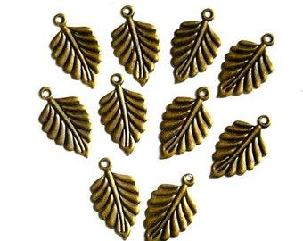6 Antique Bronze Leaf Charms - 21-48-5