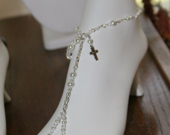 1 Pearl  Barefoot sandal. (Order 2 if you want a pair)