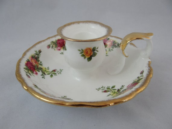Gorgeous Vintage Royal Albert Old Country Roses Candle Holder - 1962