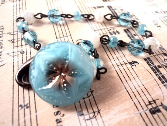 Vintage Button Bracelet - Czech Glass Button Blue White Silver Luster Vintage Wedding