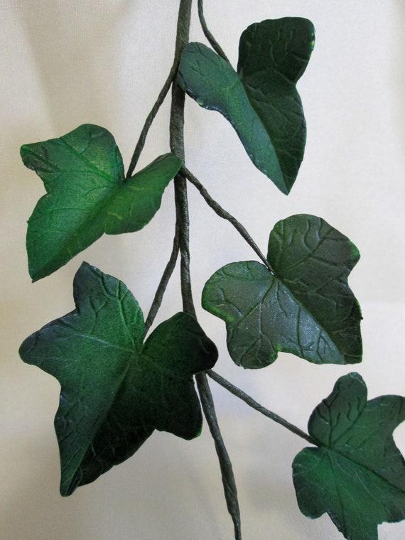 Cake Decorating Ivy Leaves : ivy cake topper wedding bridal gumpaste edible sugar leaves