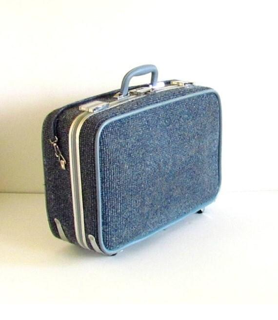 Vintage 1960s Blue Medium Skyway Train Luggage / Suitcase