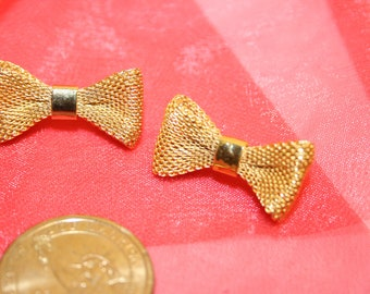 vintage bow brooches, set of gold bow brooches, nice vintage set, old jewelry, old pins