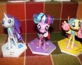 My Little Pony Royal Wedding Twilight Sparkle, Apple Jack, Fluttershy, Rarity Pinky Pie, and Rainbow Dash Papercraft Set