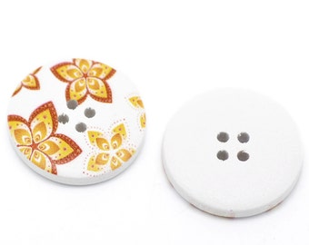 20 White Wood Painted Button Floral (Design No.14) Four Hole 30mm Pack of 20 WPB33