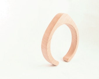 15 mm Wooden cuff unfinished drop shape - natural eco friendly TA15O
