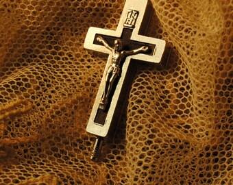 MOMENTO MORI antique memento mori Saints cross with secrect compartment Terra catacombe  ROMA number 75