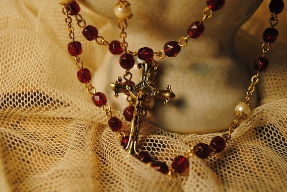 vintage pearl and ruby red glass rosary golden and red  28 inches HEAVY with 6 inch extension antique number 50