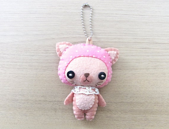 Felt Keychain -  Valentine Gift -  cute accessories -  Kawaii - cat plush - READY TO SHIP