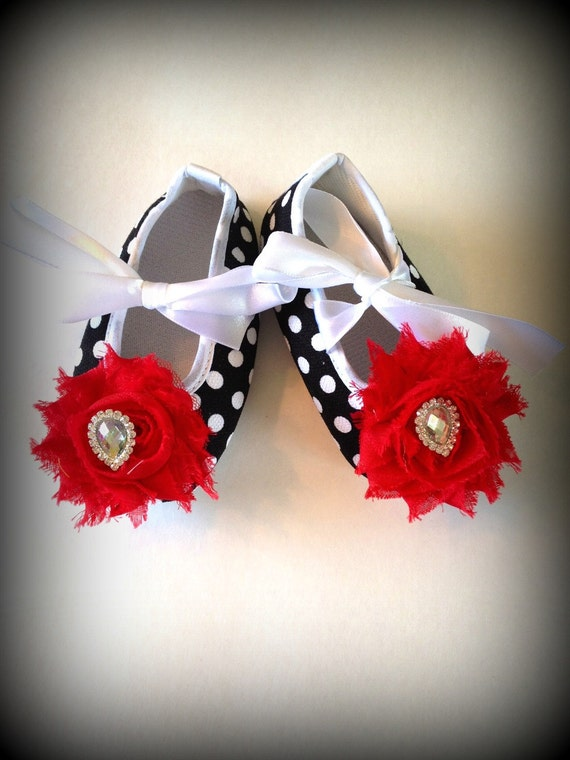 Black and red baby girl shoes. baby shoes.polk dot baby shoes,red flower babt shoes,baby booties,girls shoes.