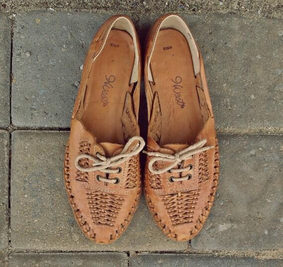 Leather Sandals // Nine West Basket Woven Lace Up Shoes // Genuine Leather Sandals // Boho Flats // Size 6 1/2