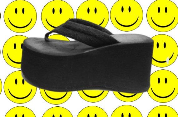 90's Black Mega Platform Sandals - 7.5