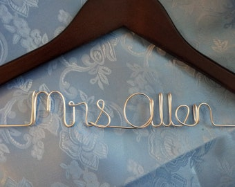 Personalized wedding hanger (ships within 72hrs of payment, no rush fee)