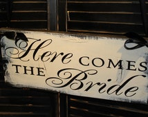 Here Comes the BRIDE Sign/Reversible Options/Photo PropGreat Shower Gift/black/Ivory