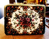 vintage floral fabric change purse. handmade in Japan. Mothers day gift