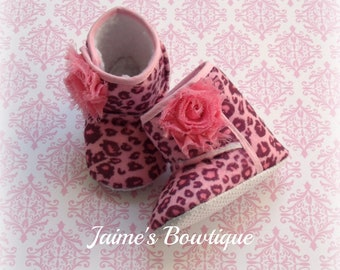 Pink Cheetah Baby Boots, Soft Shoes, Soft Sole Boots, Pink Cheetah Baby, Pink Baby, Baby Girl, Baby Shower Gift, Baby Gift, Baby Crib Shoes
