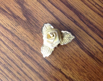 Vintage Goldtone Mesh Rose and Leaf Brooch