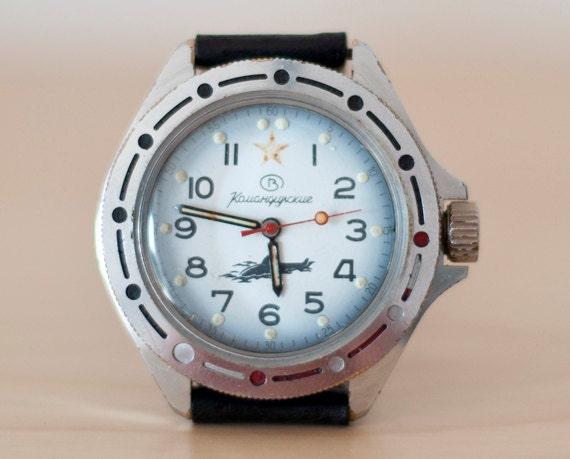 Soviet watch Vostok Komandirskie mens wrist USSR  Army Vintage Commander wristwatch