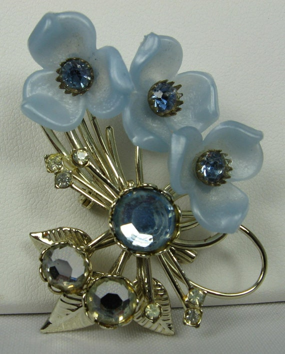 Vintage Open Flower Trio Blue Rhinestone Brooch