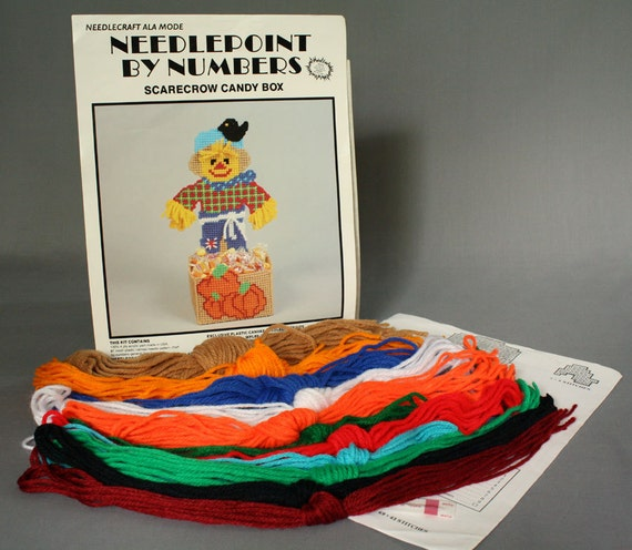 Needlecraft Ala Mode Plastic Canvas Needlepoint Pattern Craft Kit Halloween Holiday Scarecrow Black Crow Pumpkin Candy Box Dish