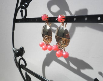 Vintage Screwback Earrings - Gold Tone with Pink Plastic Beads