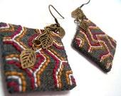 Cotton fabric Chinese ink dyed needlework earrings - Korean traditional needlework