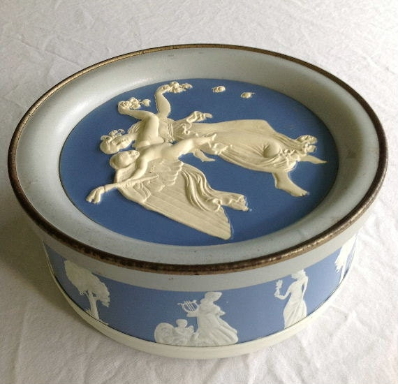 Vintage WEDGEWOOD Style Grecian Inspired Fruitcake Tin by Guildcraft