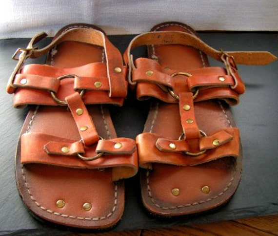 vtg 70s BRASS RING leather flat SANDALS shoes flats hippie 7 |Hippie Mens Leather Sandals