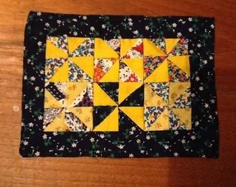Miniature Pinwheel Dollhouse Quilt