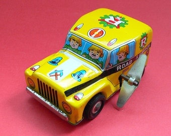 Vintage Tin Toy Car Jeep Road Service Japan 1960's Wind-up