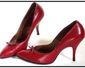 Vintage 1950s Heels Red Spike Pumps Stilluetos Pinup Bombshell Dress Garden Party Rockabilly Mad Men Purse
