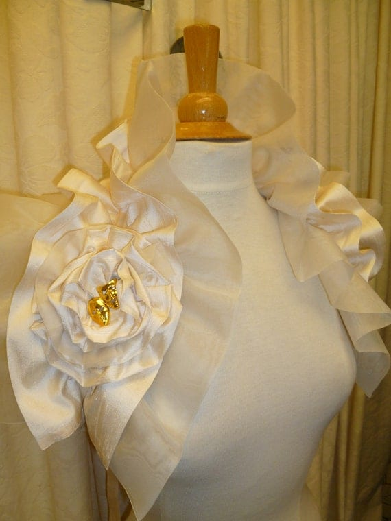 APHRODITE Victoriana Theatrical tragedy and comedy Ivory voile silk & raw silk Bridal Wedding Wrap Collar Ruffled Shrug.