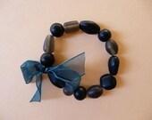 Grey glass beads bracelet.