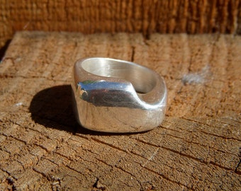 Silver lost wax cast one of a kind square ring with a notched out design size 8