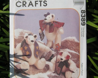 Uncut Pattern - McCalls 8389 -  Stuffed Snow Bears and Clothes Pattern