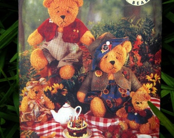 Uncut Pattern - Butterick 5029 - 2 sizes of Bears and Clothes Pattern
