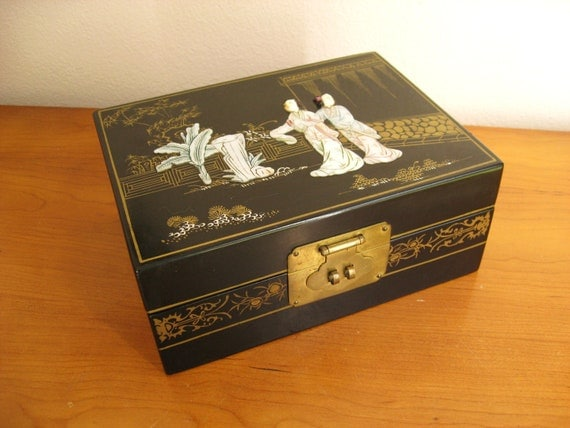 Vintage Asian Mother of Pearl Jewelry Box, Mid Century Abalone Jewelry Box