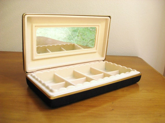 Vintage Jewelry Travel Case, Black Clam Shell Jewelry Storage Box, Storage Compartments