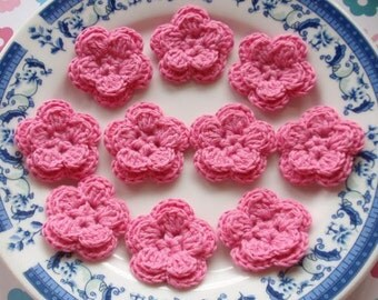 10 Crochet Flowers In Bubblegum Pink YH-030-03