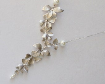 Triple  Orchid Necklace. Pearl Necklace. Wedding Necklace. Bridesmaid Necklace. Bridal Necklace.