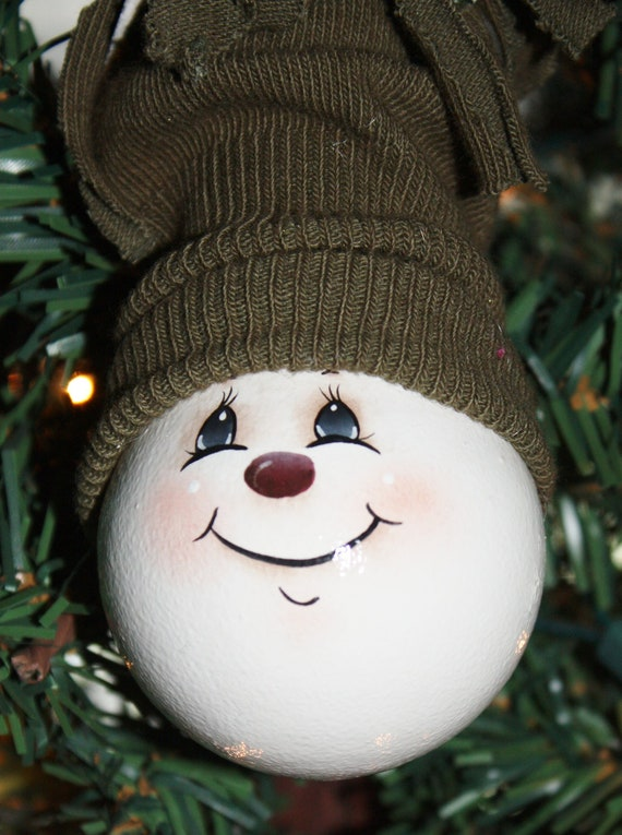 Ooak hand painted snowman light bulb ornament for Snowman faces for crafts