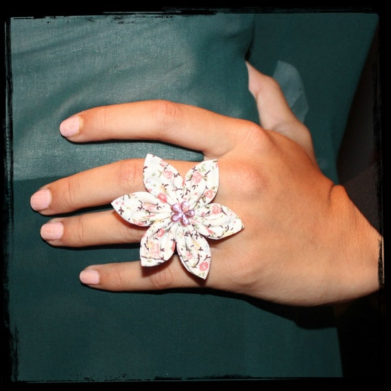 Fabric Flower Ring - Cream & Peach