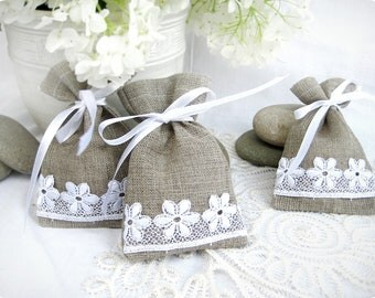 Wedding favor bags - Set of 10- Natural Rustic Linen Wedding Favor Bag or Candy Buffet Bag or Gift Bag